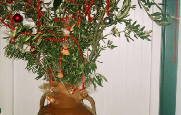 Ειρεσιώνη λεγόταν το «χριστουγεννιάτικο» δέντρο στην αρχαία Ελλάδα
