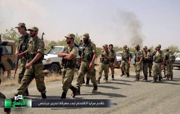 Δείτε σε φωτογραφίες την εισβολή των Τούρκων στη Συρία – Επιχείριση «Ασπίδα του Ευφράτη»