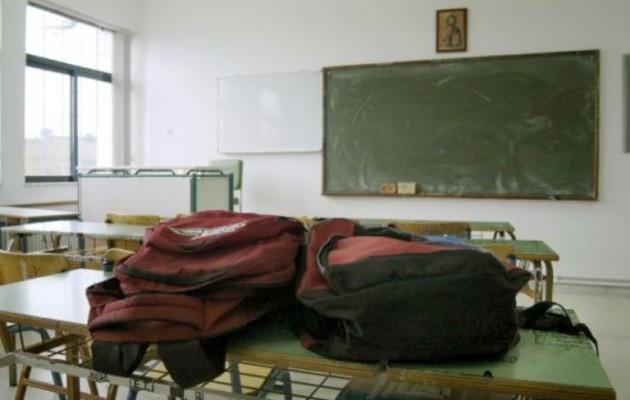 Μεσαιωνικός βασανισμός μαθητή από δάσκαλο στην Άρτα