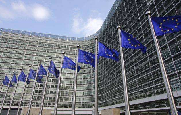 Η Γαλλία «έριξε πόρτα» σε Βόρεια Μακεδονία και Αλβανία για ένταξη στην ΕΕ