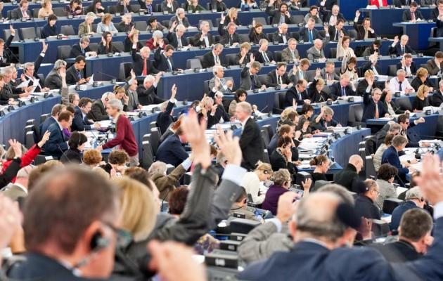 Κράτη μέλη της ΕΕ που απειλούν το κράτος δικαίου θα στερούνται ευρωπαϊκών κονδυλίων