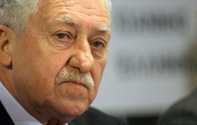 Ο Κουβέλης θεωρεί ότι χωρίς αυτόν στη Βουλή πολιτική αλλαγή δεν γίνεται!