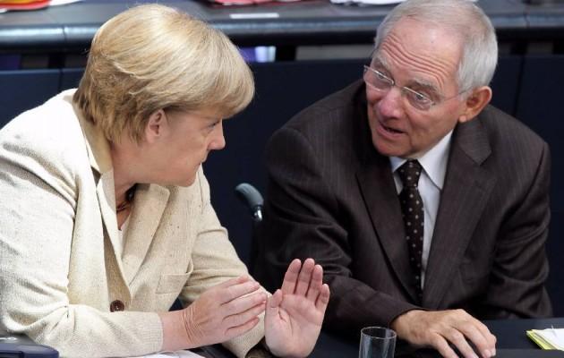 Το Spiegel ζητά από τη Μέρκελ να στείλει τον Σόιμπλε… σπίτι του!