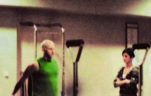 Δείτε τον Γιώργο Παπανδρέου να κάνει πιλάτες στο γυμναστήριο
