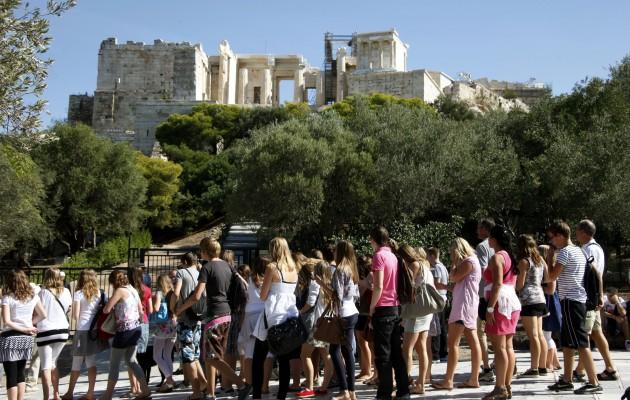 Προς νέο ρεκόρ η Ελλάδα στον τουρισμό για το καλοκαίρι του 2018!