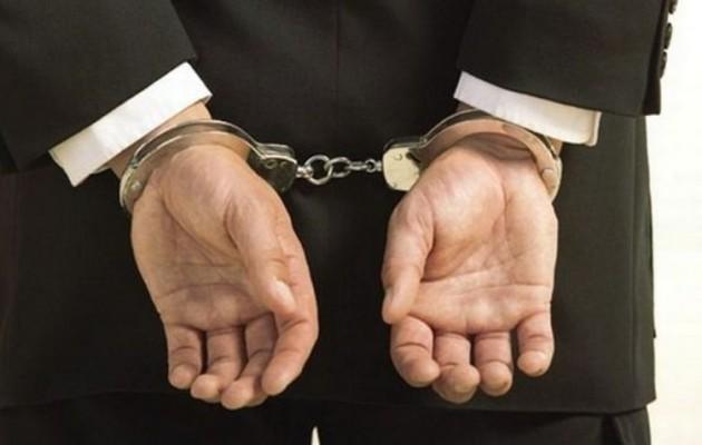 Συνελήφθη συνεργάτης του Ν. Νικολόπουλου κατηγορούμενος για χρηματισμό
