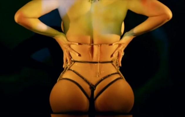 Δείτε γιατί στο νέο βιντεοκλίπ η Μπιγιονσέ….  βγαίνει από τα ρούχα της