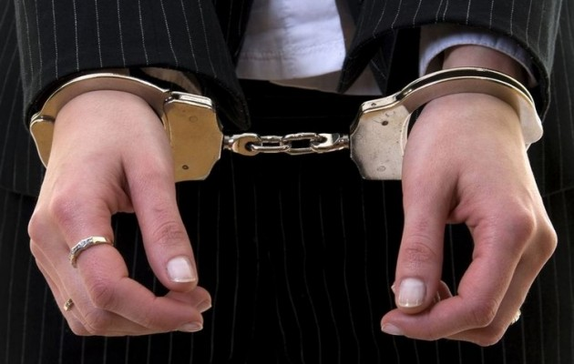 Χανιά: Έκλεψε 200.000 ευρώ από τους εργοδότες της