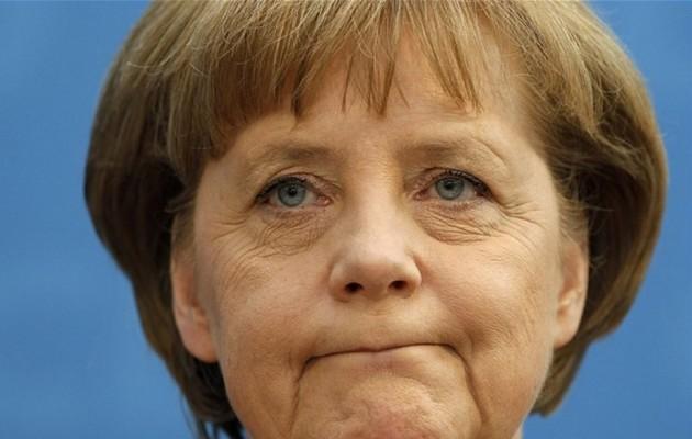 Handelsblatt: Πρέπει να χαλαρώσει η λιτότητα στην Ελλάδα