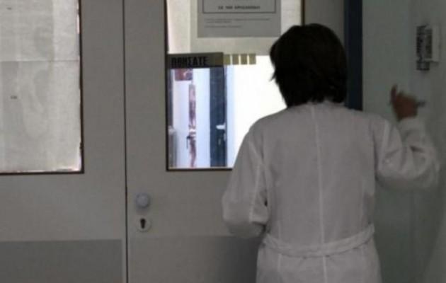 Στα χέρια της Αστυνομίας δώδεκα αλλοδαπές που χωρίς πτυχίο έκαναν τις νοσοκόμες