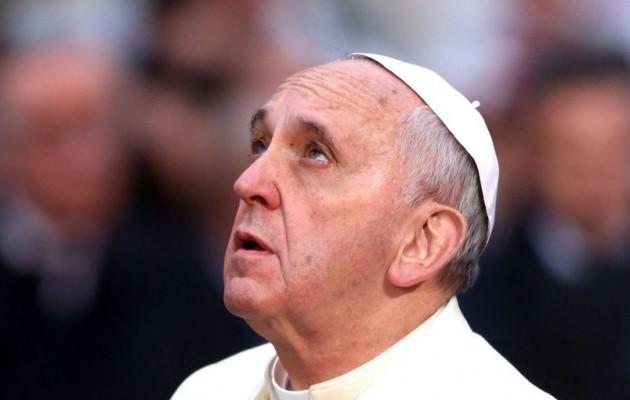 Πάπας Φραγκίσκος: Ζητώ ταπεινά συγγνώμη για τους παιδεραστές παπάδες
