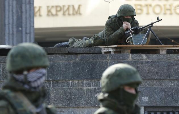 Ρωσικό πρακτορείο: Ουκρανοί στρατιώτες φεύγουν και ενώνονται με τις Ρωσικές αρχές στην Κριμαία