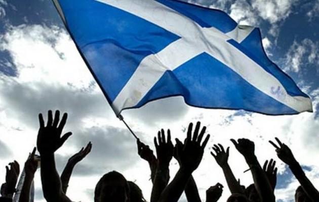 Θρίαμβος των σοσιαλπατριωτών στη Σκωτία – Η Στάρτζεον ζητά νέο δημοψήφισμα ανεξαρτησίας