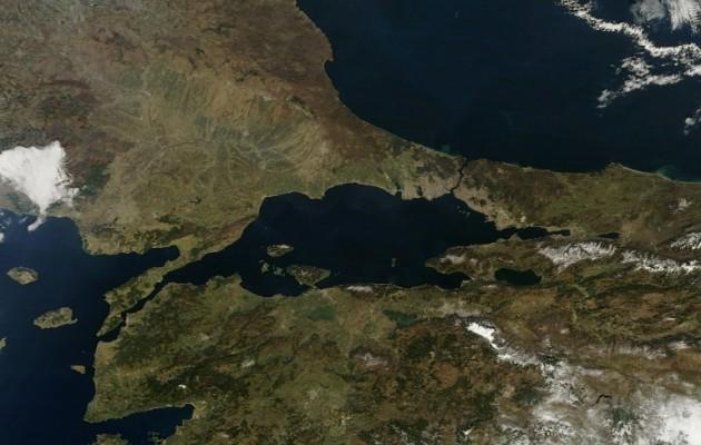 Η Τουρκία είναι έτοιμη ανά πάσα στιγμή να κλείσει τα Στενά του Βοσπόρου