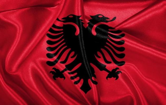 Η Αλβανία καλεί Έλληνες επενδυτές