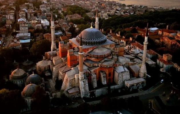 Ο Ερντογάν σχεδιάζει ισλαμική προσευχή στην Αγία Σοφία
