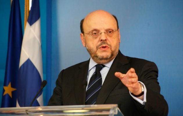 Αντώναρος: Ποιους πολιτικούς χαρακτηρίζει ανίδεους, ανιστόρητους και αδιάβαστους