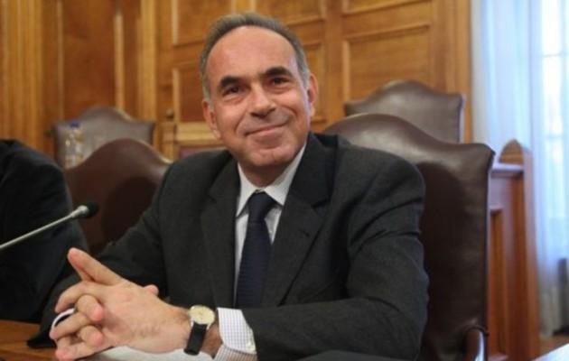 Εκπαιδευτικοί κατέλαβαν το πολιτικό γραφείο του Αρβανιτόπουλου