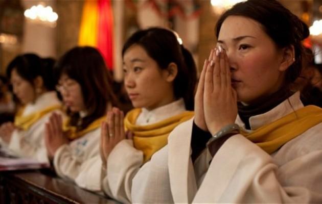 Δεκάδες εκατομμύρια Κινέζοι στρέφονται στον Χριστιανισμό