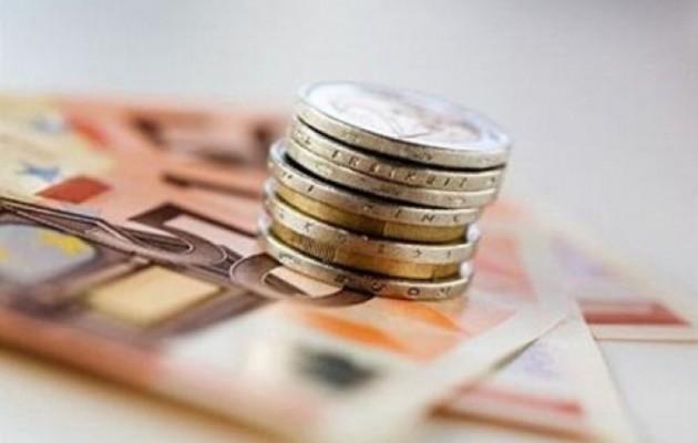 Χαρτονομίσματα και κέρματα διασπείρουν κορωνοϊό; Τι έδειξε νέα έρευνα