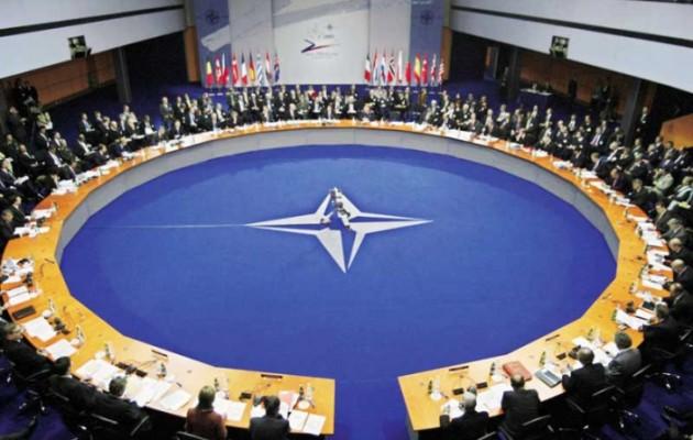 Ραγδαίες εξελίξεις: Το ΝΑΤΟ στέλνει στρατεύματα στην Ουκρανία