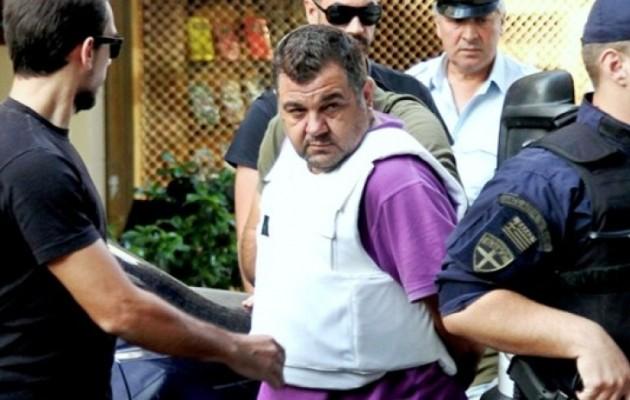 Ρουπακιάς σε αστυνομικό: «Είμαστε δικοί σας αλλά μην το πείτε πουθενά»