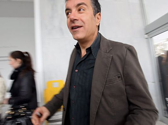 """Δεν θα πάει στον """"Ενικό"""" ο Θεοδωράκης – Δεν ήθελε ερωτήσεις από δημοσιογράφους"""