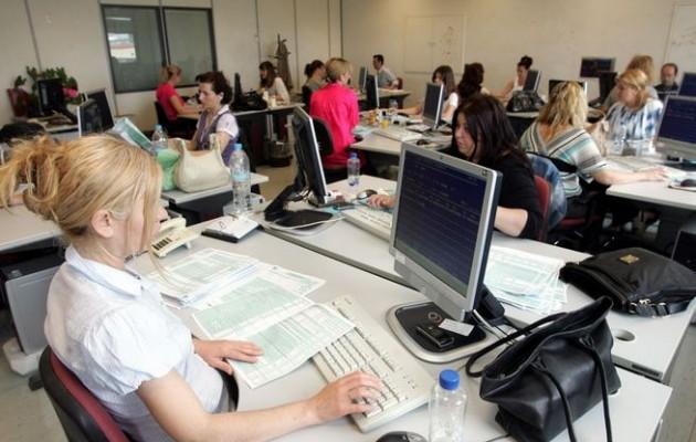 Ξεκινάει η αξιολόγηση για 230.000 δημόσιους υπάλληλους – Η στάση της ΑΔΕΔΥ