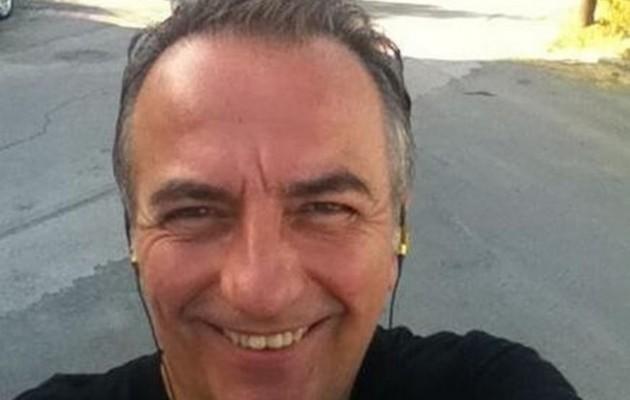 """Η selfie που """"πρόδωσε"""" τον λόγο που δεν πήγε ο Καλαφάτης στον Καραμανλή"""