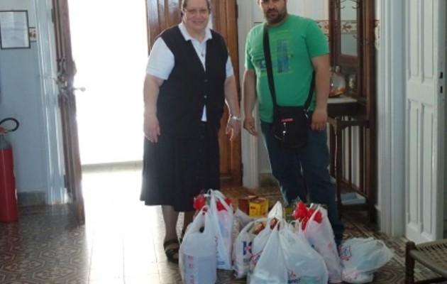 Δημοτικός σύμβουλος έκανε τα χρήματα που είχε για φυλλάδια, τρόφιμα για γηροκομείο