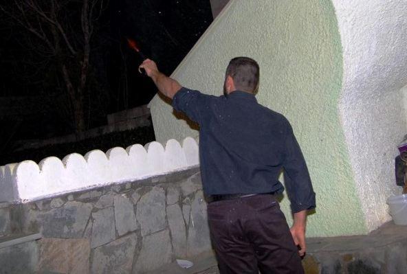 Κρήτη: Οι μπαλωθιές οδηγούν στα… κρατητήρια