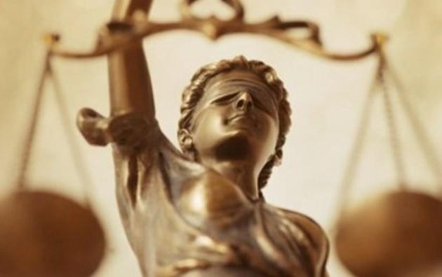 Λόγω ευρωεκλογών αναστέλλονται δικαστήρια και πλειστηριασμοί