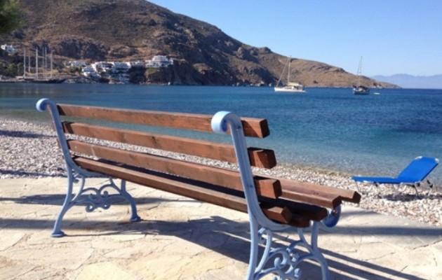 Σοκ στη Φθιώτιδα: Πήγε στην παραλία, έβγαλε το όπλο και αυτοκτόνησε