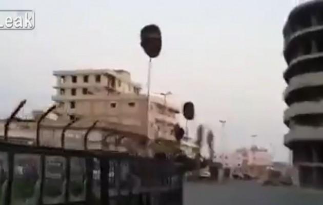Φρίκη στην Συρία: Αποκεφάλισαν 50 στρατιώτες και τους έβαλαν σε δημόσια θέα (βίντεο)