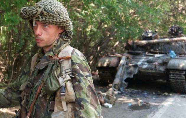Οι αντάρτες οχυρώνονται στο κέντρο της πόλης του Ντονέτσκ