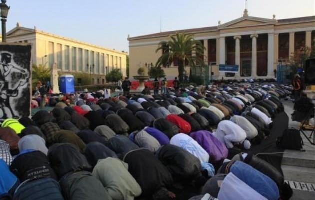 Σε άλλο κόσμο ο ΣΥΡΙΖΑ, ζητά ανοιχτά σύνορα για τους λαθρομετανάστες