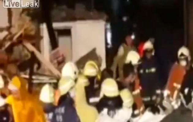 Τραγωδία στην Ταϊβάν: Αεροπλάνο έπεσε σε κατοικημένη περιοχή – 51 νεκροί  (βίντεο)