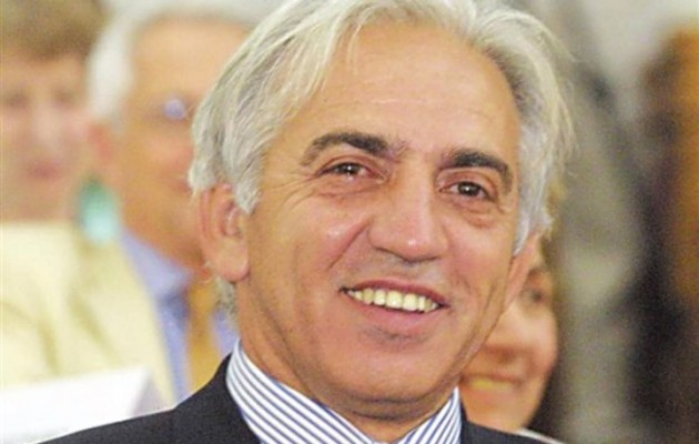 Στη Βουλή οι αποκαλύψεις του tribune.gr για το «μποναμά» στο Ίδρυμα Μητσοτάκη