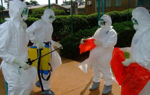 Σε καραντίνα 8 Κινέζοι για τον Έμπολα