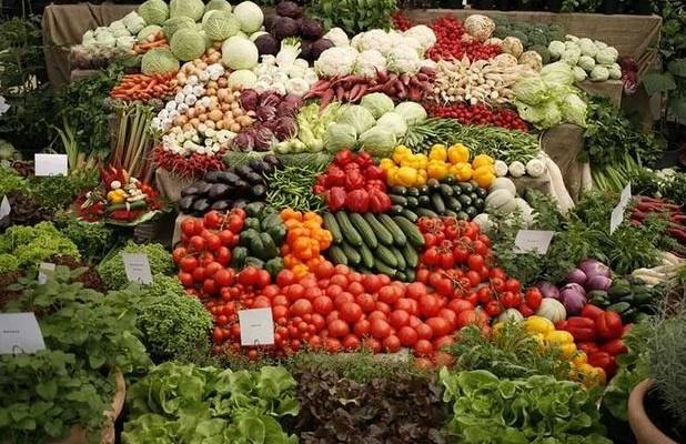 Πέντε τόνους, άγνωστης προέλευσης, λαχανικά δέσμευσαν οι ελεγκτές