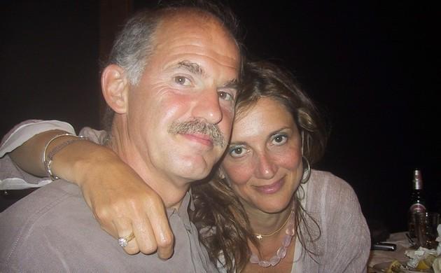 Τι απαντά ο Γιώργος Παπανδρέου στα δημοσιεύματα ότι παίρνει διαζύγιο