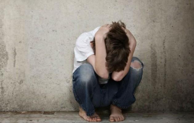 18χρονος στον Τύρναβο ασέλγησε στον 12χρονο ανιψιό του