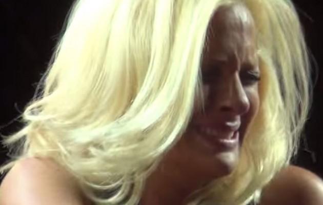 Γιατί η Νατάσσα Μποφίλιου κλαίει με λυγμούς (βίντεο)