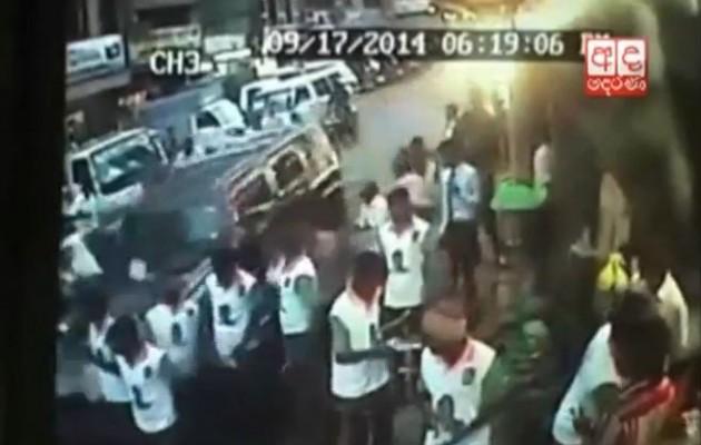 Αυτοκίνητο πέφτει στο πλήθος – 1 νεκρός και 24 τραυματίες (βίντεο)