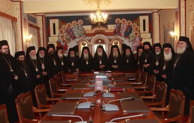 Η Εκκλησία της Ελλάδος αφορίζει την αποτέφρωση των νεκρών