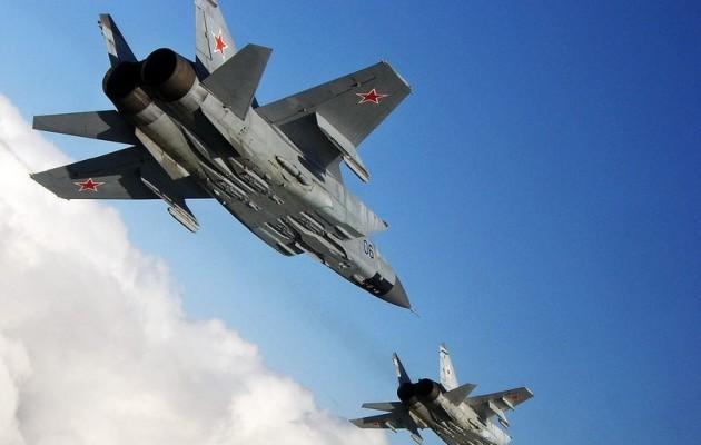 Οι Ρώσοι βομβάρδισαν φιλότουρκους μισθοφόρους τζιχαντιστές στη Β/Δ Συρία