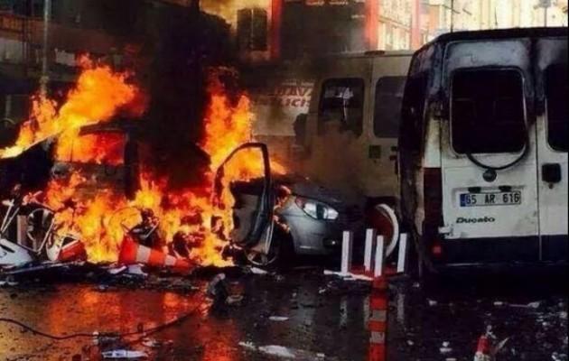 Οι Κούρδοι καίνε την Τουρκία – Οι Τούρκοι σκοτώνουν Κούρδους! (φωτογραφίες)