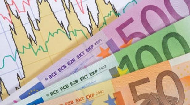 Νέο άλμα για το δημόσιο χρέος  στο 177,7% του ΑΕΠ!