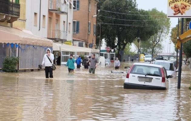 Πρωτοφανείς πλημμύρες στην Ιταλία (βίντεο)