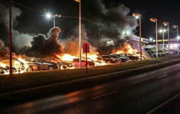 Το Ισλαμικό Κράτος στο πλευρό των εξεγερμένων στο Φέργκιουσον